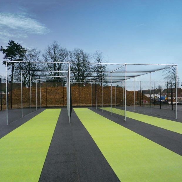 Cricket Bay Cage