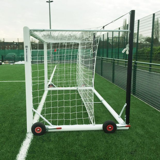 Top Flight Easylift Aluminium Mini-Soccer Football Goal Package Side